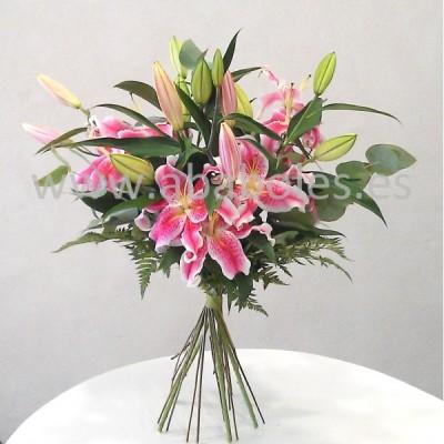 Ramo de Lilium Oriental Rosa.