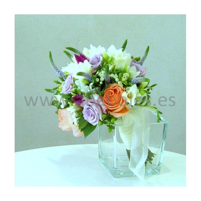 Bouquet de Rosas y Freesias