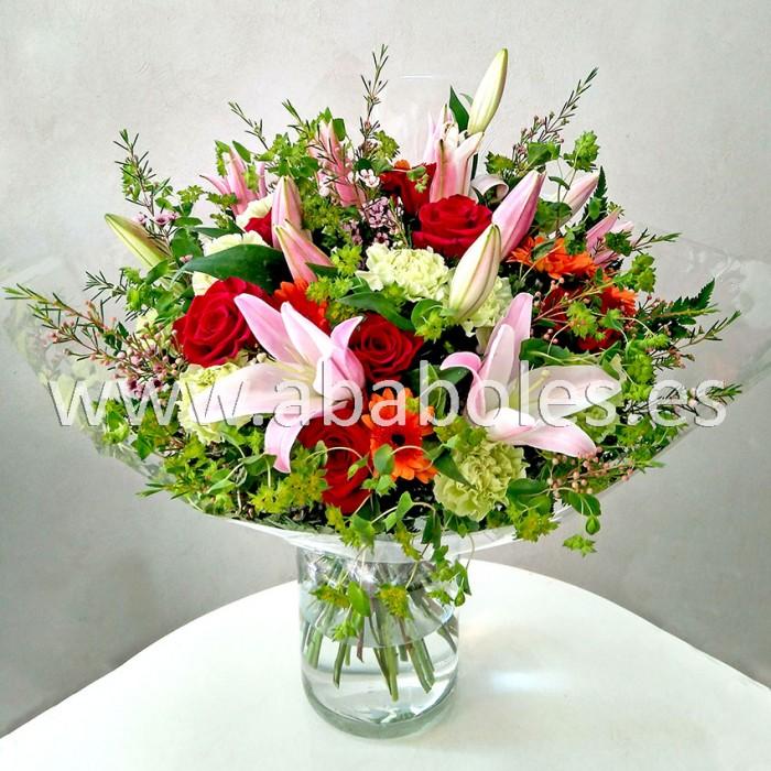 Ramo variado con Lilium y Rosas rojas