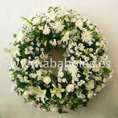 Corona Funeraria en tonos blancos