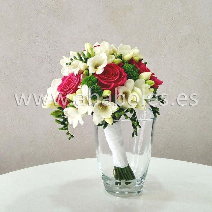 Bouquet de Rosas Rojas y Freesias