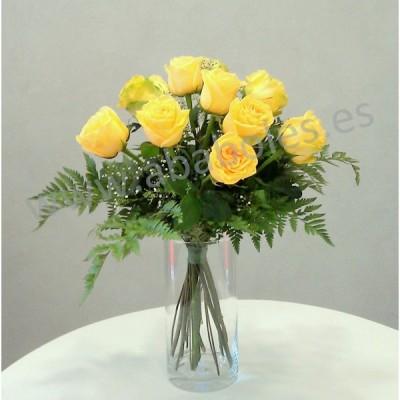 12 Rosas Amarillas de tallo corto