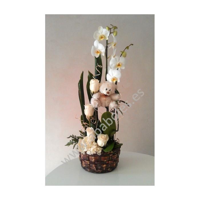 Centro vertical de Orquídeas y Rosas